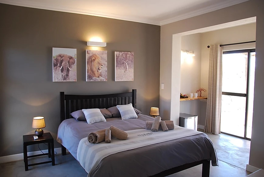 lion suite